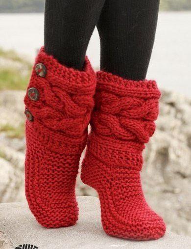 Связать модные носки на спицах