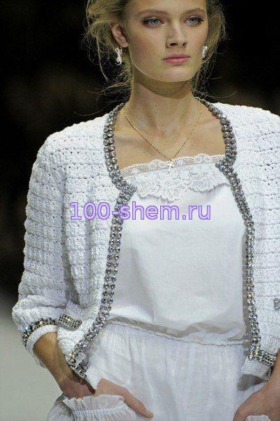 Современные модели женских платьев вязанных крючком